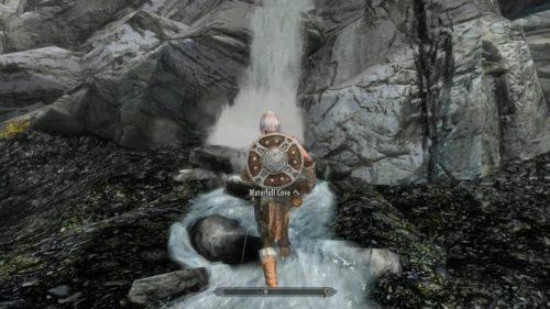 滝に入る感じがグッときます!それだけで良MODなんです!