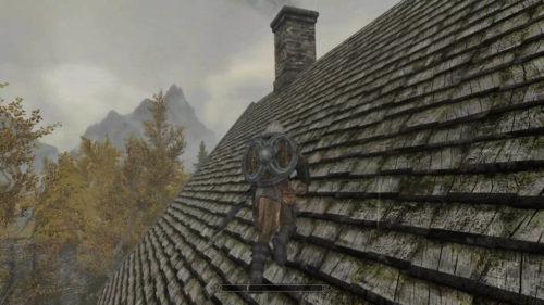 屋根にちょっとでも足がかかったら、斜め上へずらしながらジャンプすると登っていけるかも!いつも足の指がんばれって祈りながらのぼってます!(前作のオブリビオン領域内で近道するためマスターしました)